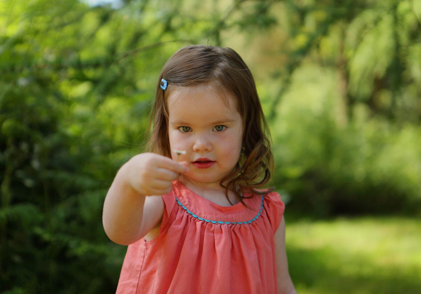 innocent kid pose